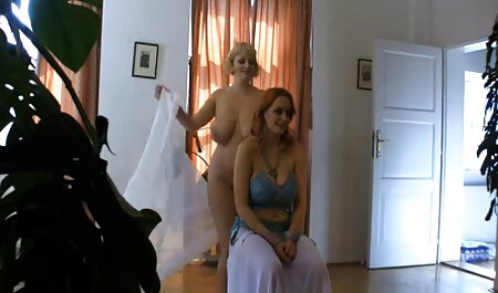 Turn hot sex tube the blonde in various angles