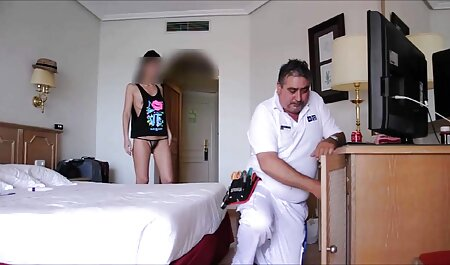 Blowjob desi sex from a hole in the wall