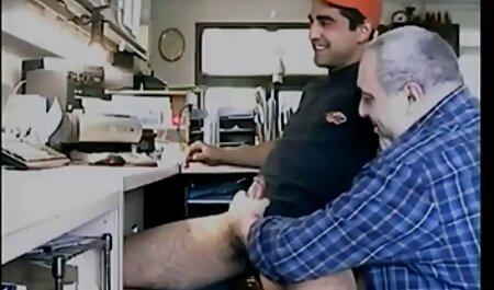 Blonde cutie has a tap new hd porn video